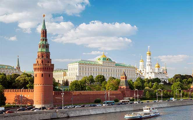 ВНЖ в Москве