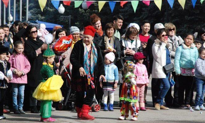 Как регулируется в  2018  году пребывание граждан Казахстана в России