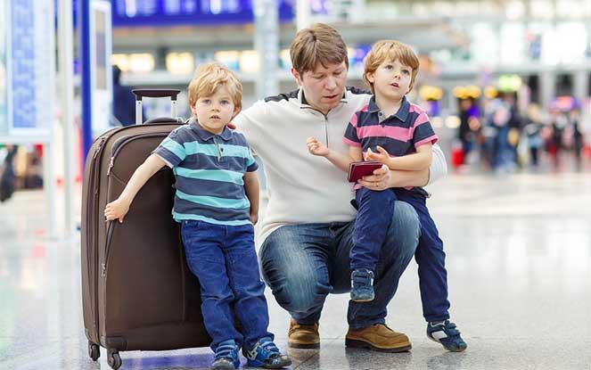 Вписать малыша в свой загранпаспорт
