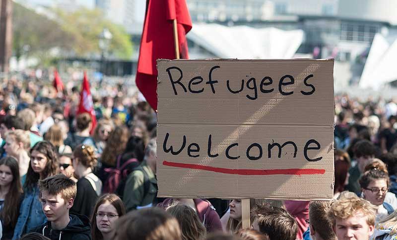 Получить статус беженца в РФ