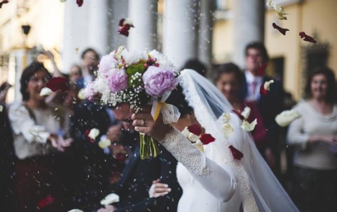 Регистрация брака в России с казахом