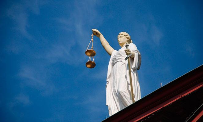 Вопросы гражданства через суд