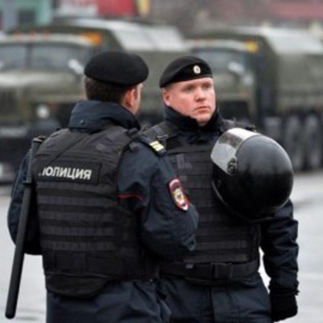 Зарплата полицейского в России