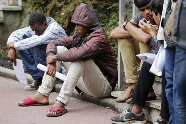 Нелегальные мигранты на заработках в России