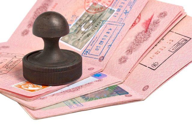 Национальная виза дает право свободного пересечения границы ЕС